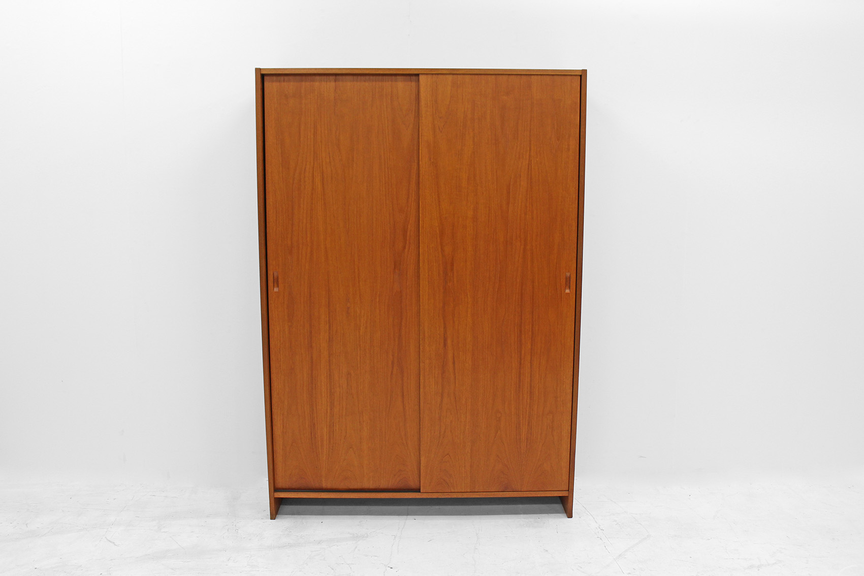 Office cabinet designed by Poul Cadovius